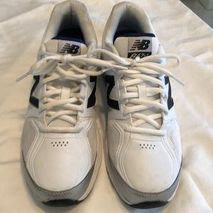 New Balance 847v3 Sneakers